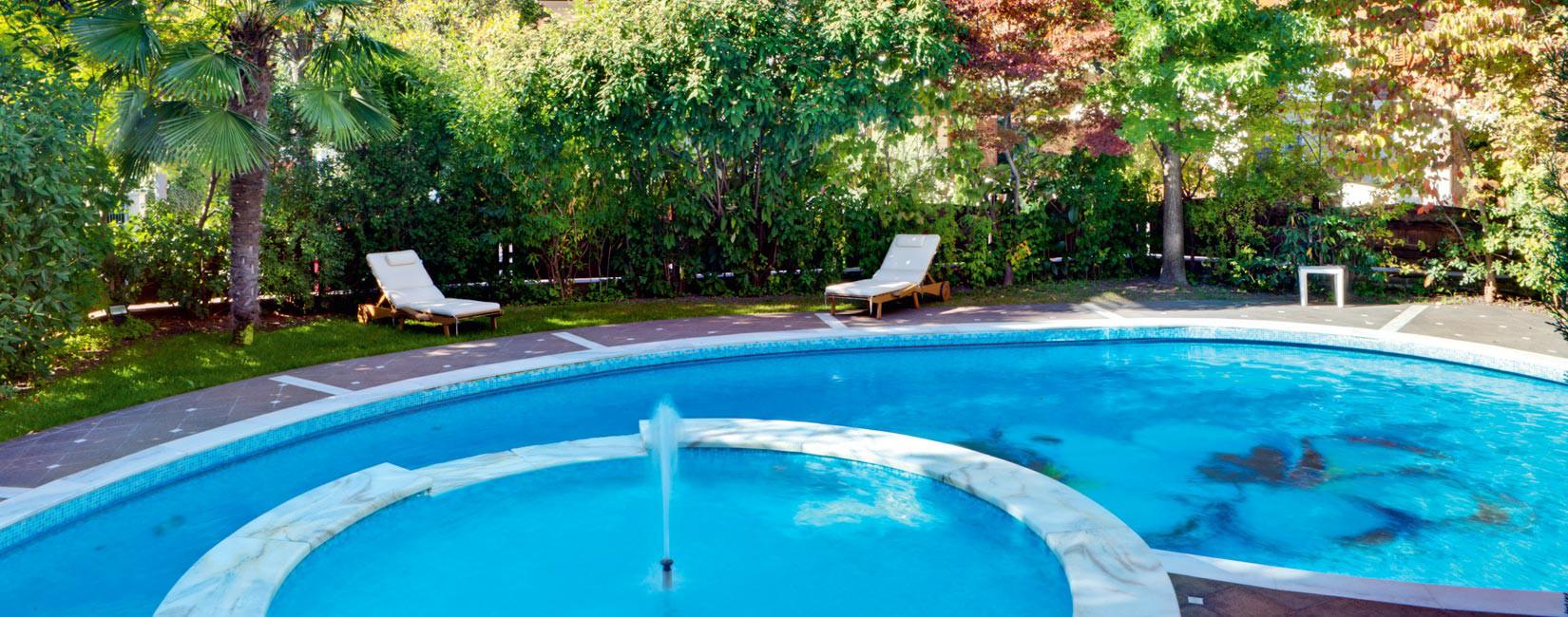 Hotel meran mit schwimmbad hotel sittnerhof for Hotel munster mit schwimmbad